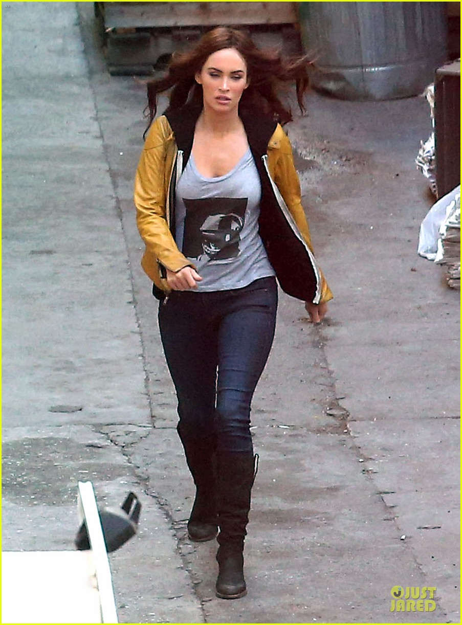 megan fox returns to teenage turtles after birth 073083219