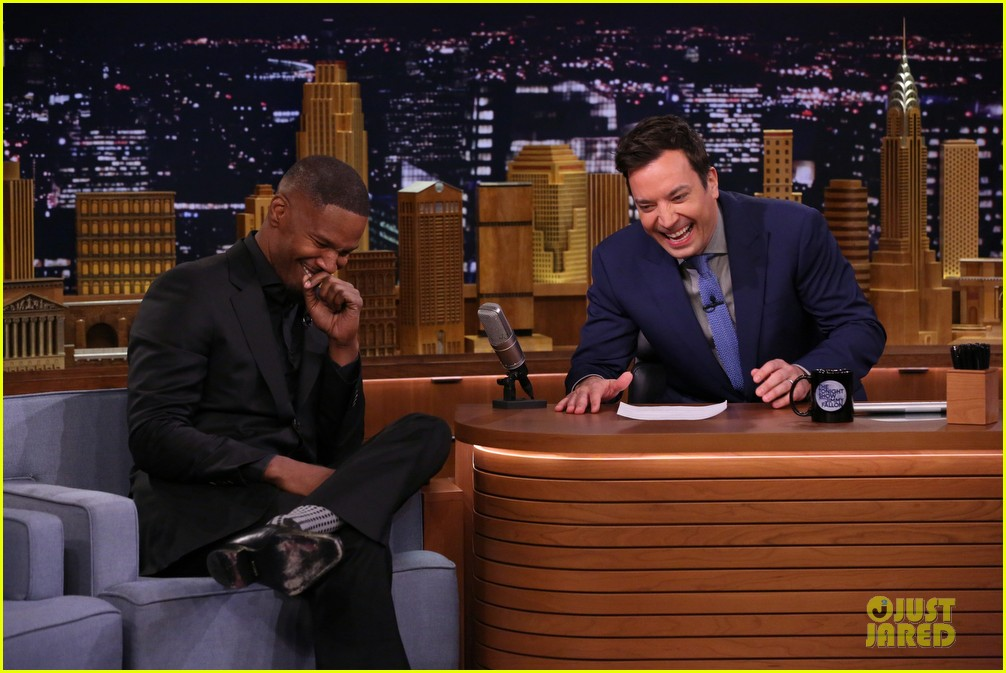 jamie foxx sings unsexy words song watch now 073099603