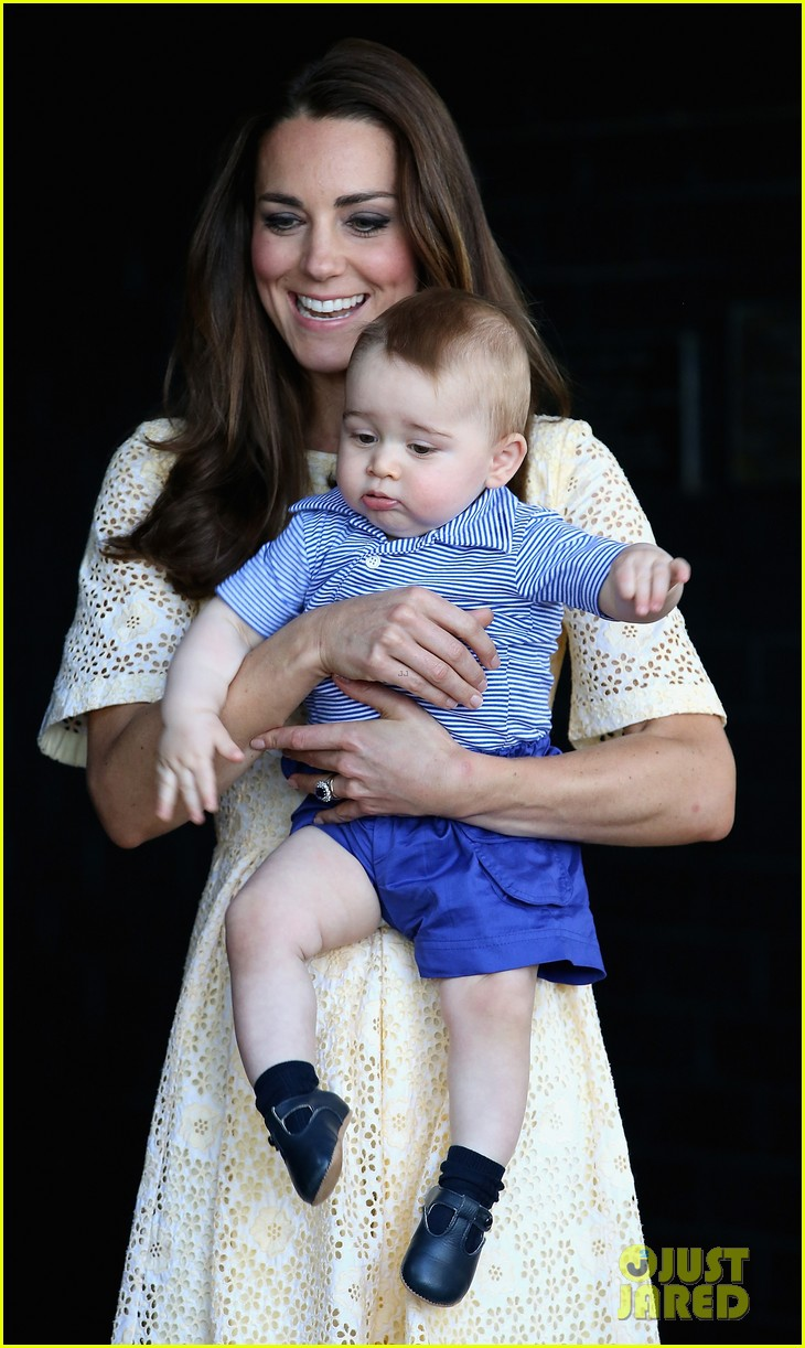 prince george goes to the zoo kate middleton prince william 06