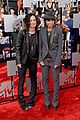 sara gilbert linda perry married couple mtv movie awards 2014 08