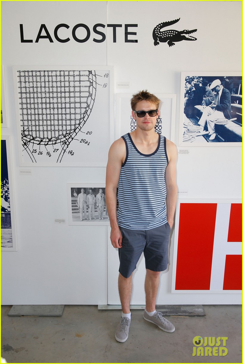 glees nolan gerard funk chord overstreet put their muscles on display at coachella 01