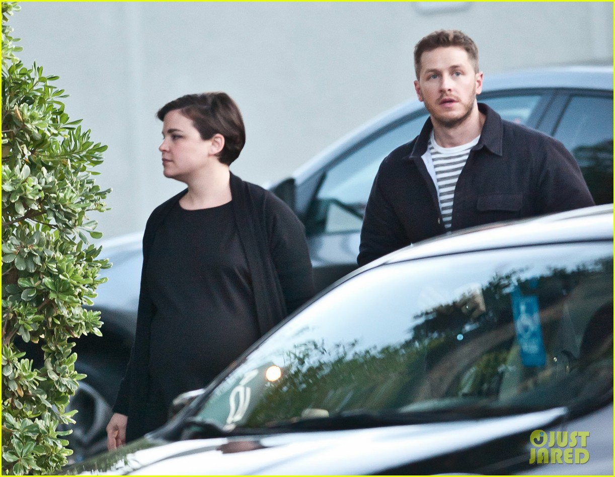 ginnifer goodwin josh dallas hold her baby bump together 04