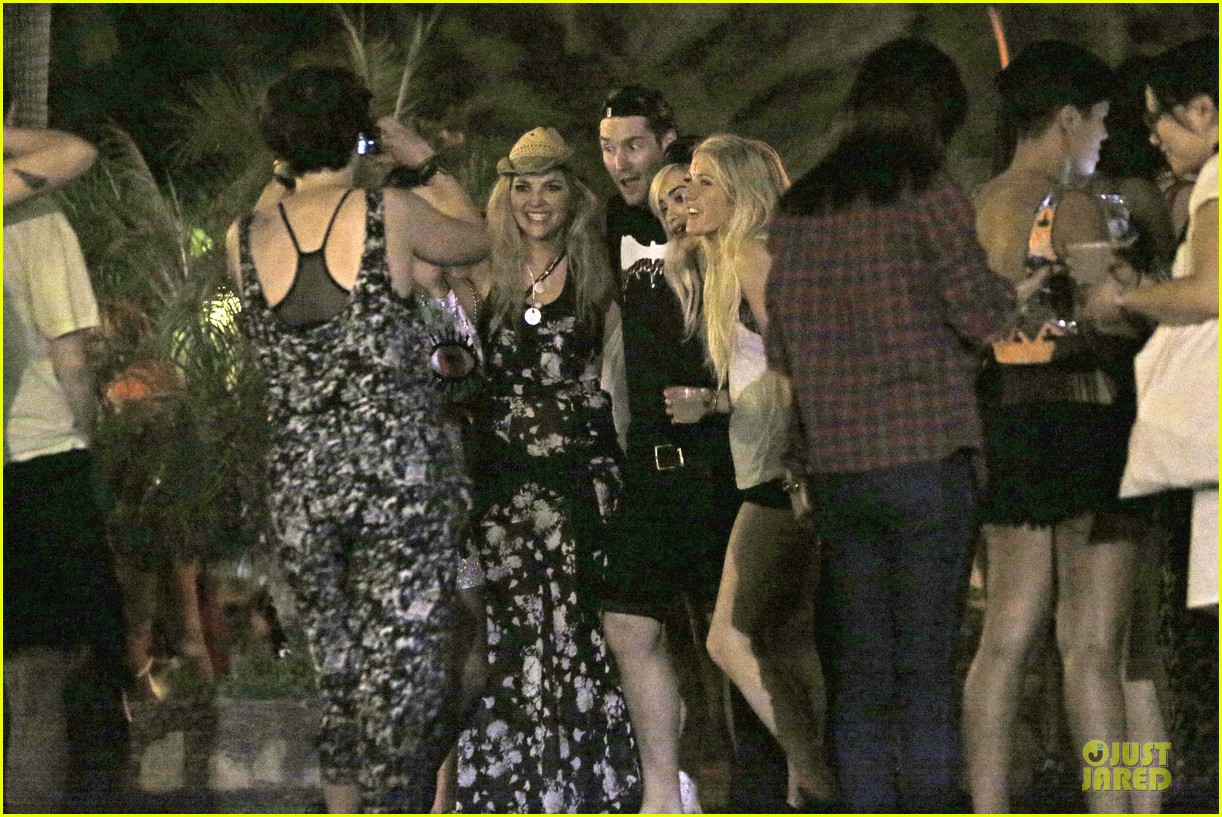 ellie goulding rita ora hang out at coachella 25
