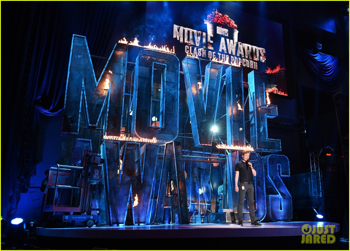 mtv movie awards 2014 conan obrien ellie goulding rehearse 07