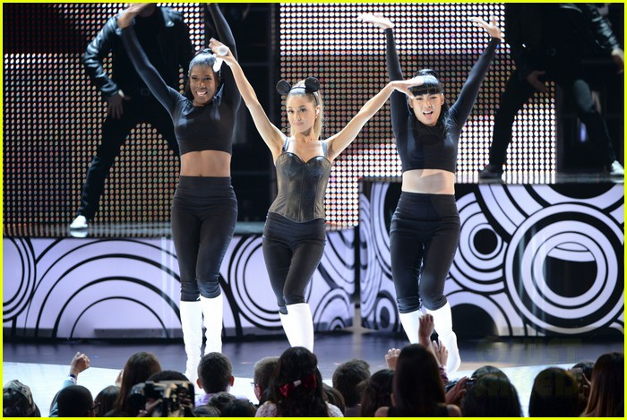 ariana grande radio disney music awards 2014 05