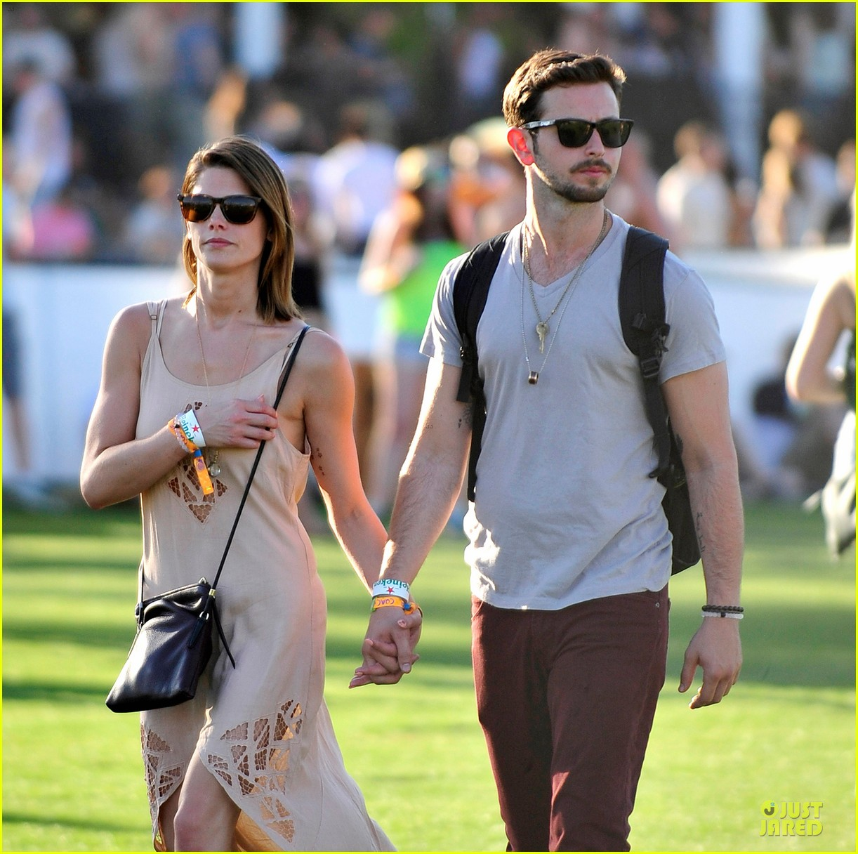 ashley greene paul khoury first coachella together 04
