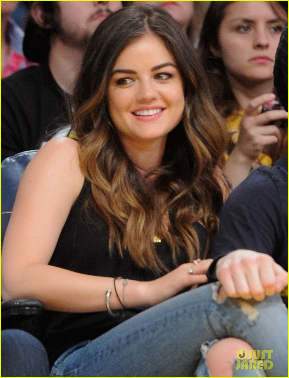 lucy hale lakers game joel crouse 043092134