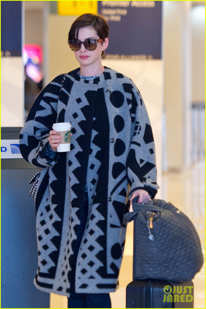 anne hathaway envies kate middleton 11