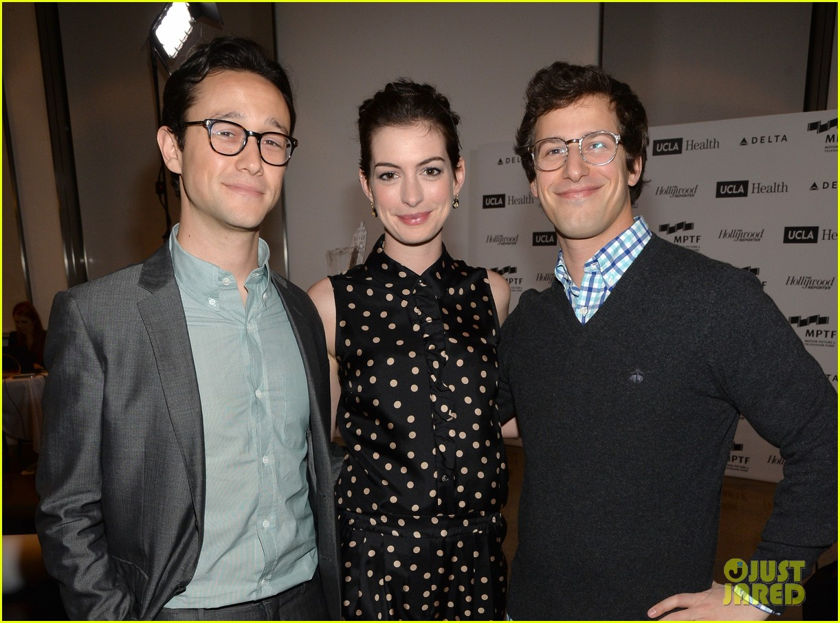anne hathaway joseph gordon levitt dark knight reunion 063085369
