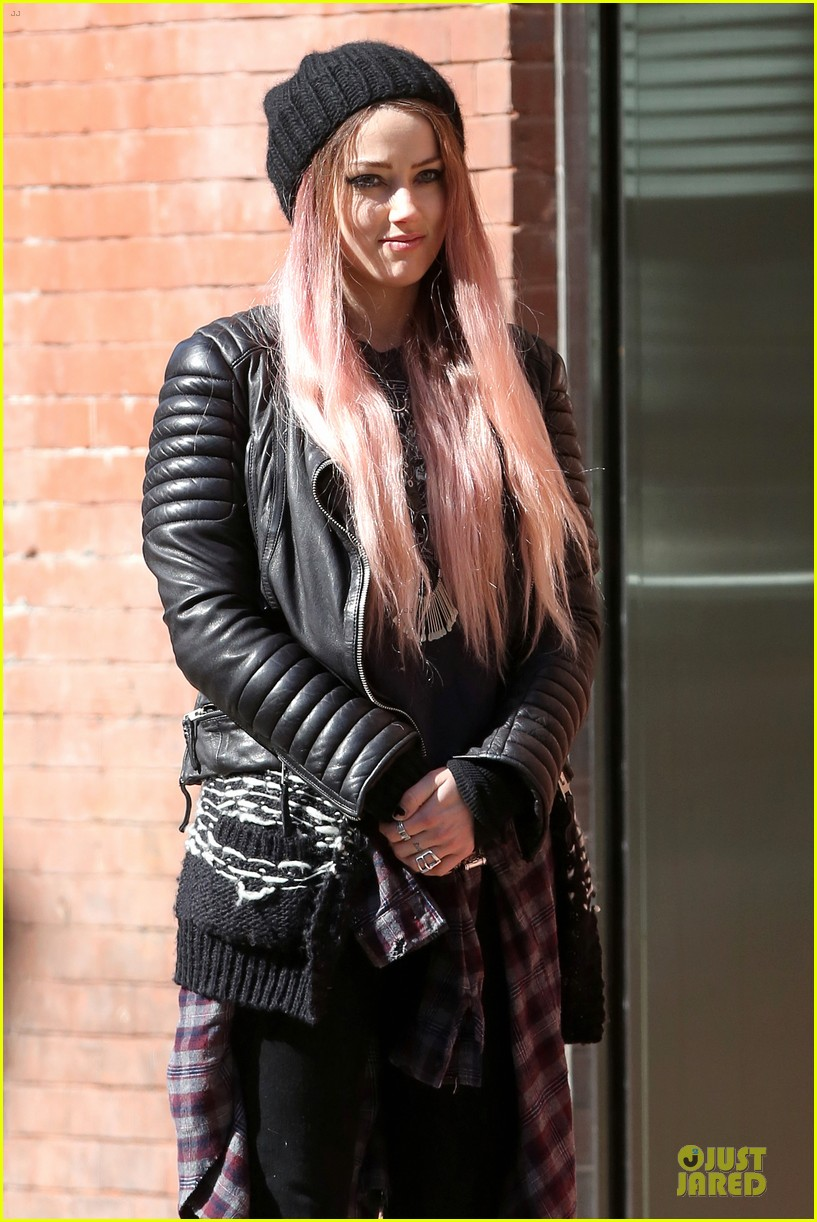 amber heard gothic persona moves us 063096959