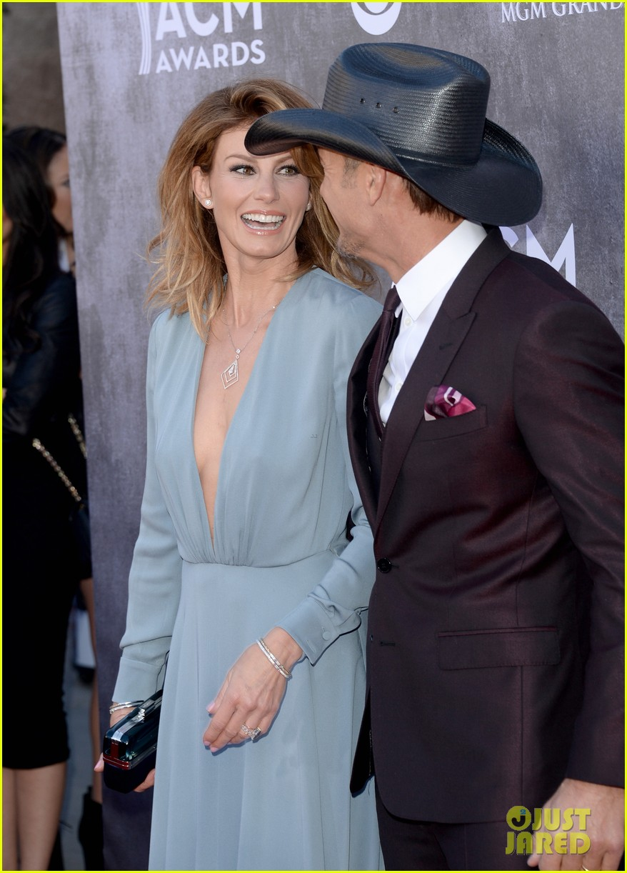 faith hill tim mcgraw picture perfect couple at acm awards 2014 05
