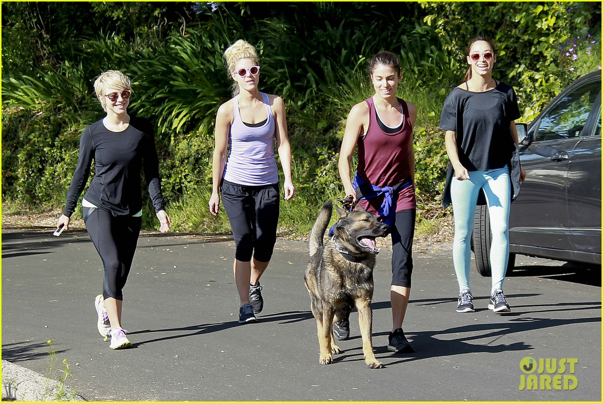 julianne hough nikki reed hiking with cara santana 01