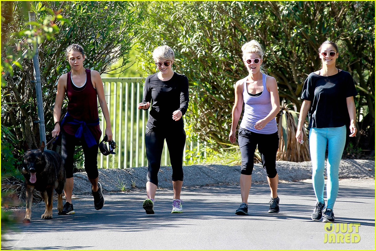 julianne hough nikki reed hiking with cara santana 073088169