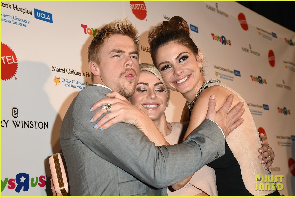 julianne hough nikki reed kaleidoscope ball 07