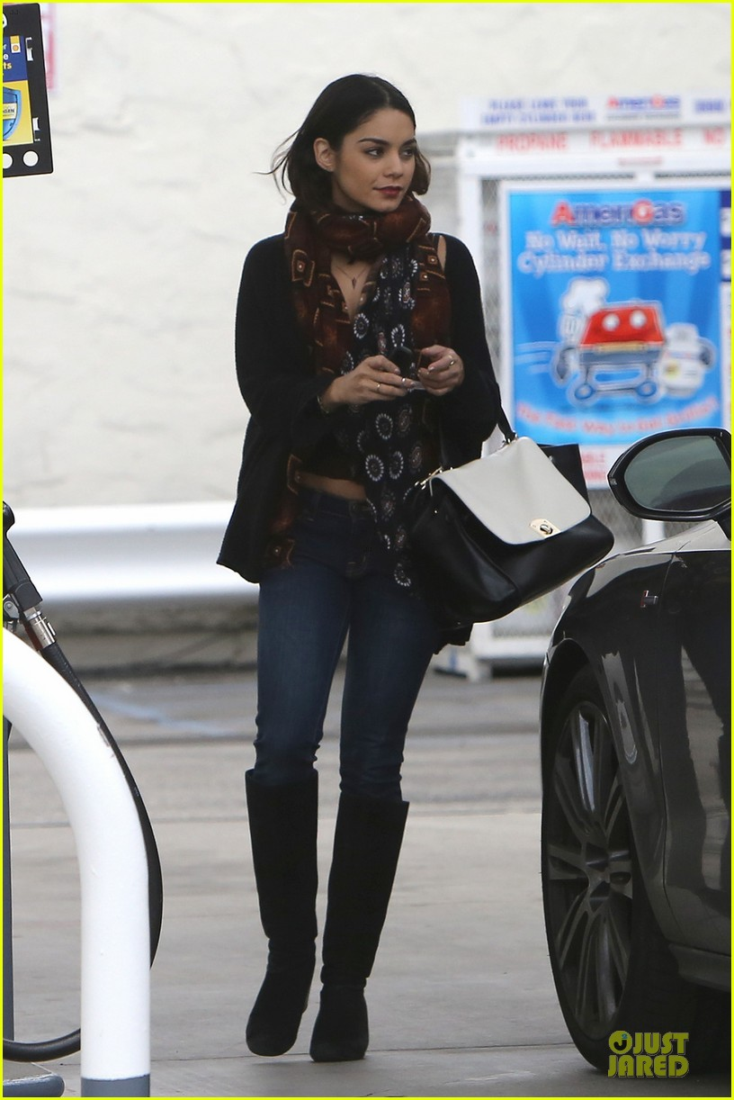 vanessa hudgens get caffeine wake up call 013083513