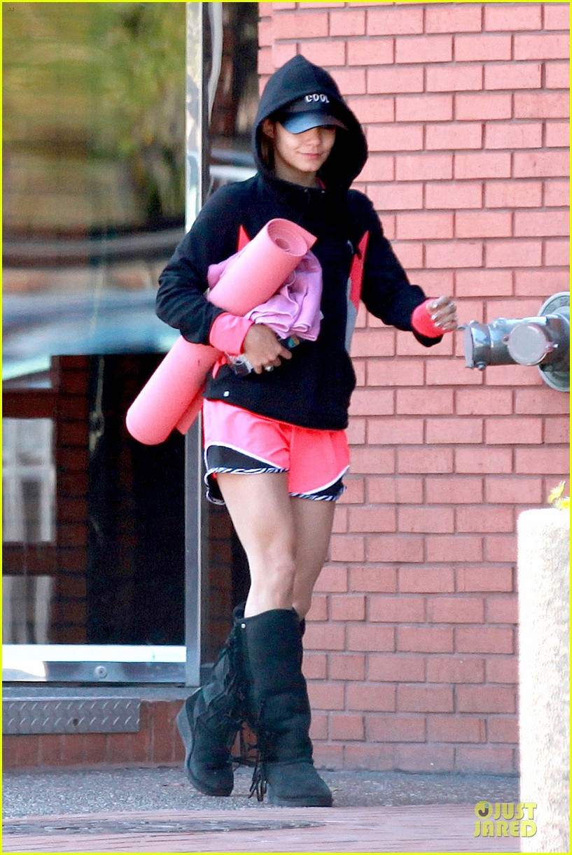 vanessa hudgens fringe statement at the gym 103085122