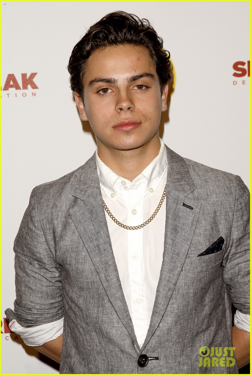 jake t austin avan jogia abc family city year 01