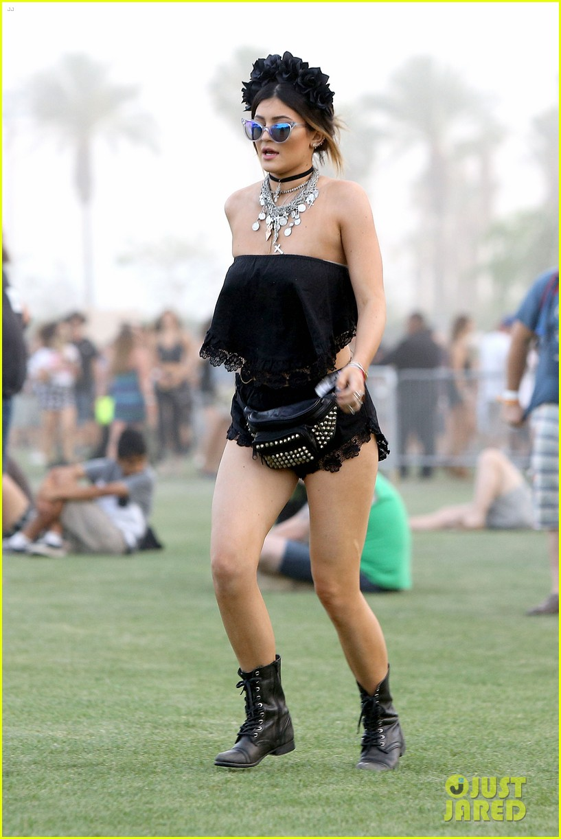 kendall kylie jenner went all out with coachella outfits 24