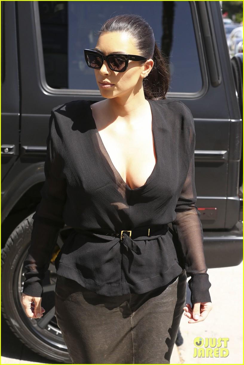 kim kardashian goes shopping for bikinis with mom kris jenner 23
