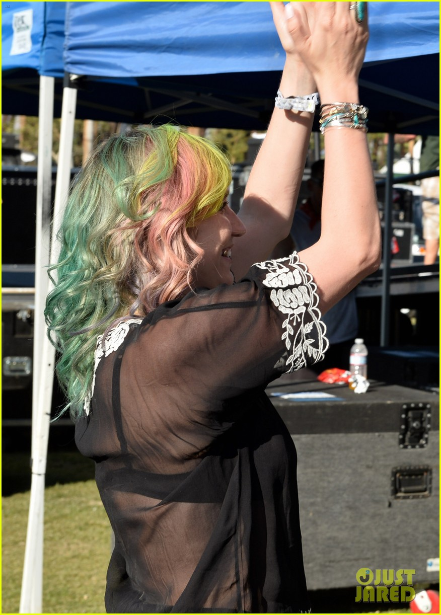 kesha celebrates her recovery with music at coachella 08