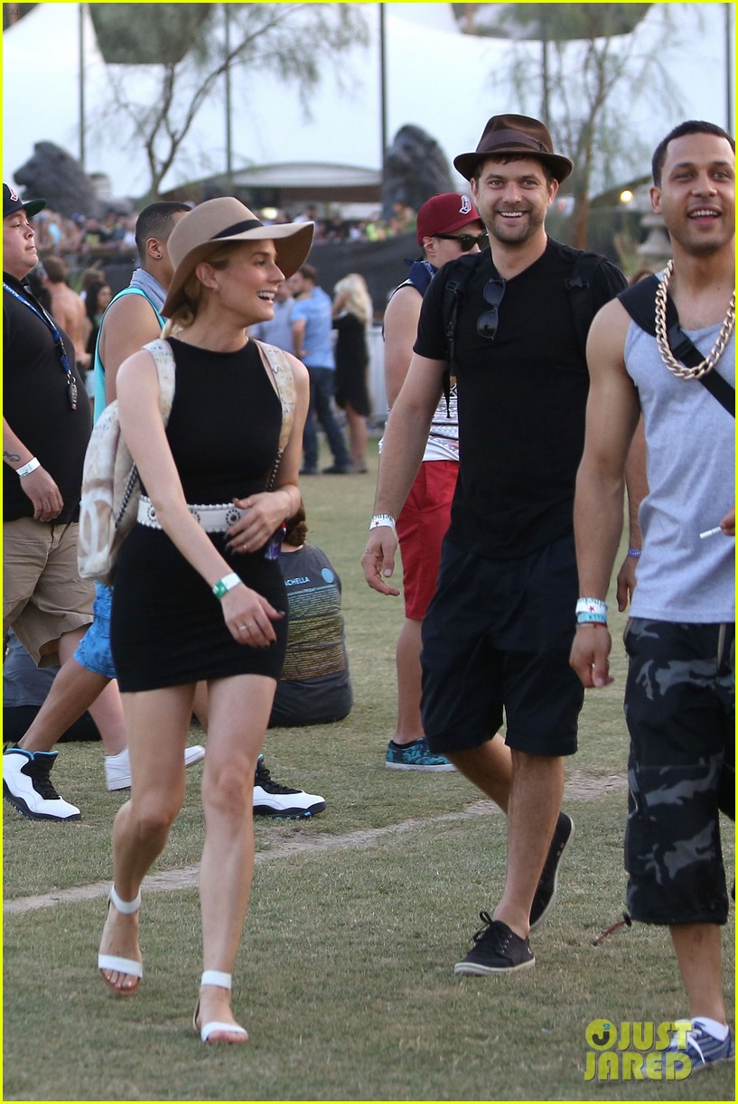 joshua jackson diane kruger happily wrap up their weekend at coachella 02