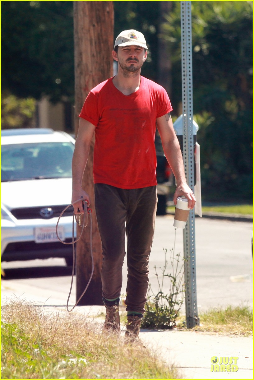 shia labeouf work out with jump rope exercises 13
