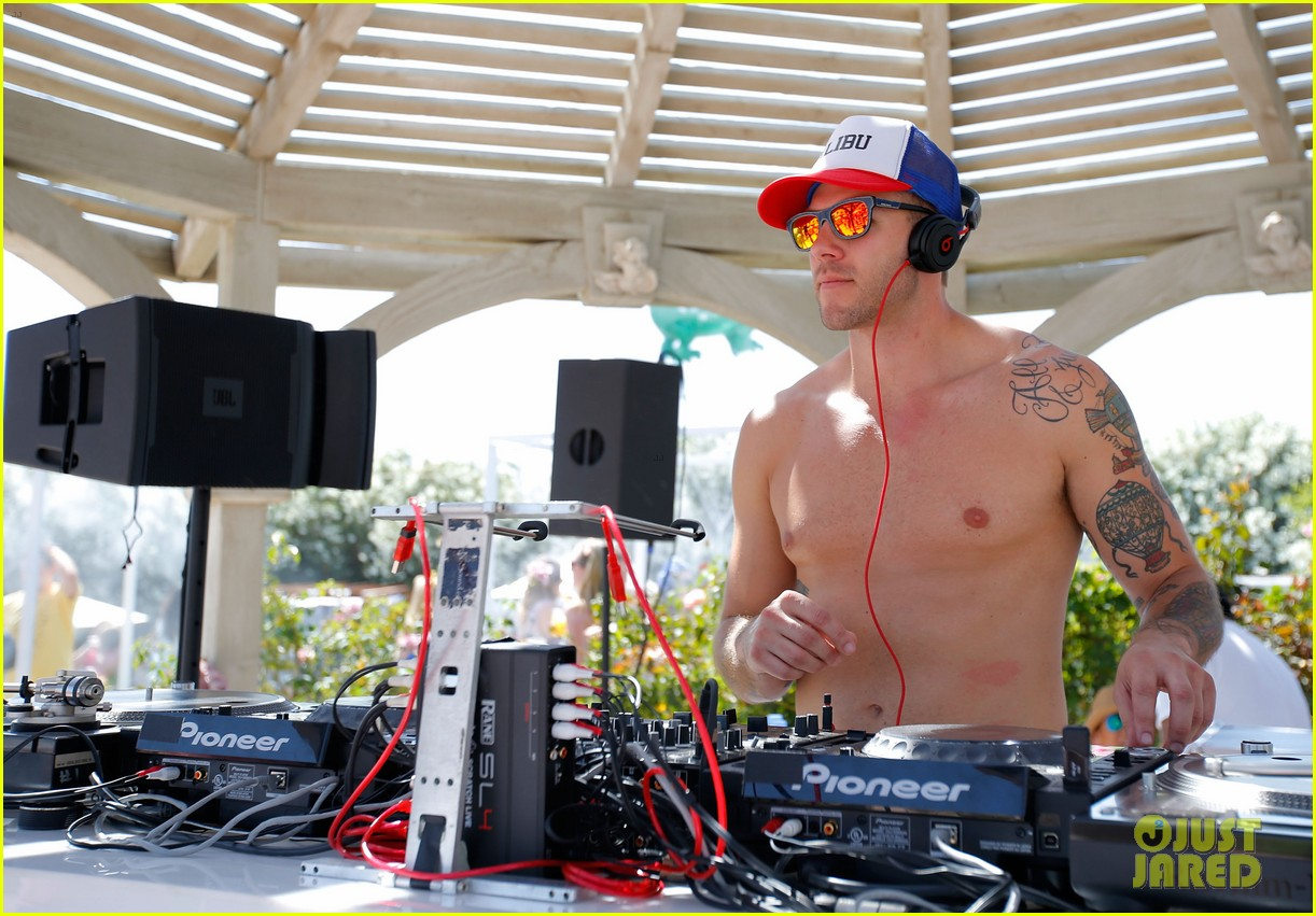 logan lerman miles teller lacoste coachella pool party 08