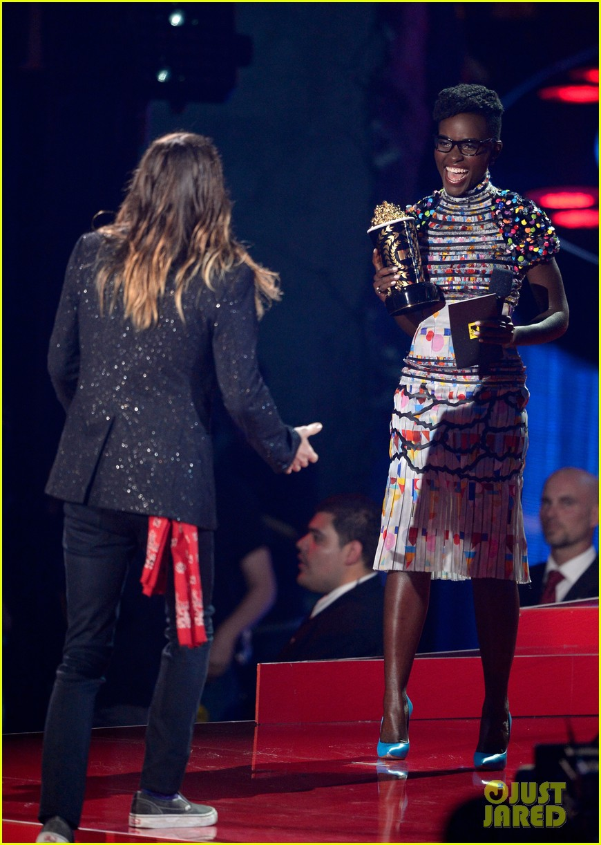 jared leto lupita nyongo mtv movie awards 033091257