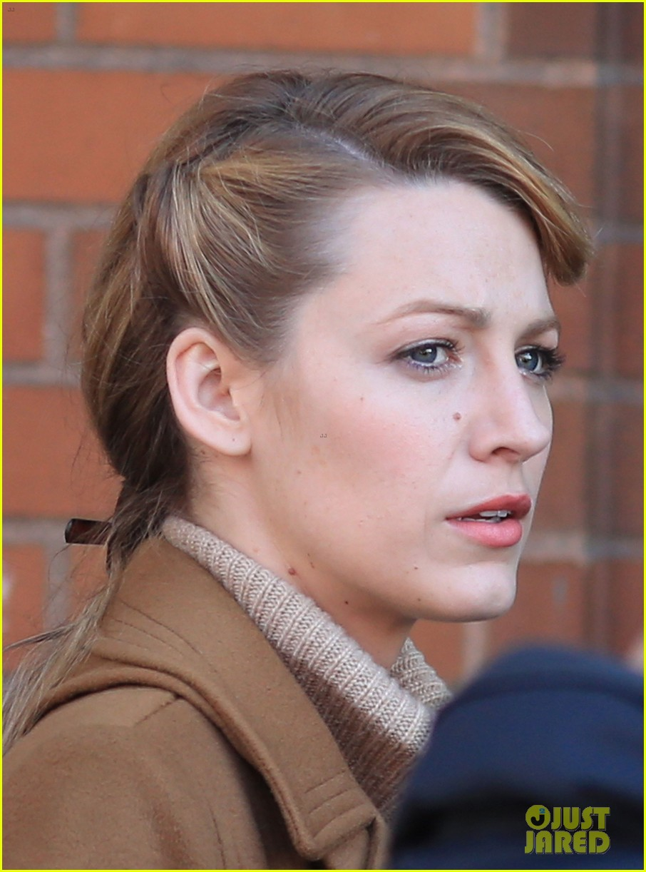 blake lively back at work on age of adaline after injury 02