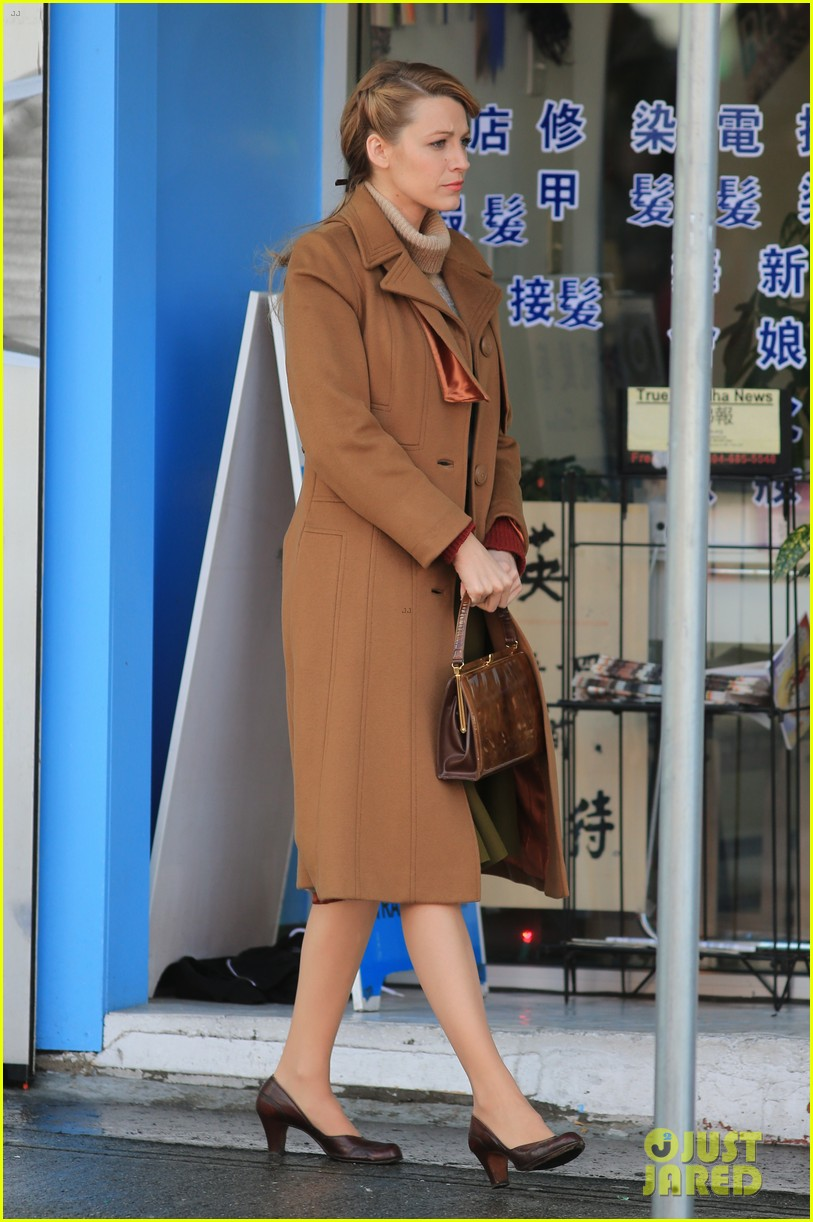 blake lively back at work on age of adaline after injury 03