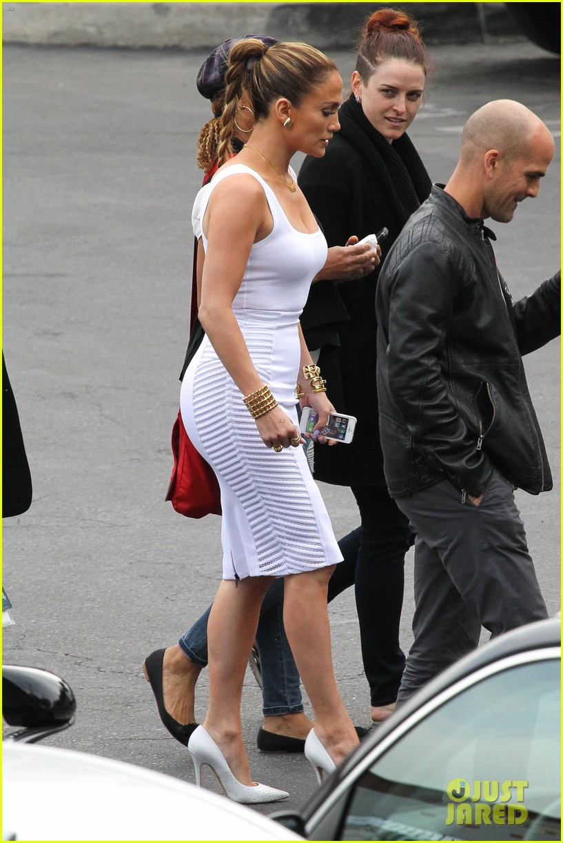 aafd57e9864 Full Sized Photo of jennifer lopez white hot form fitting dress idol ...