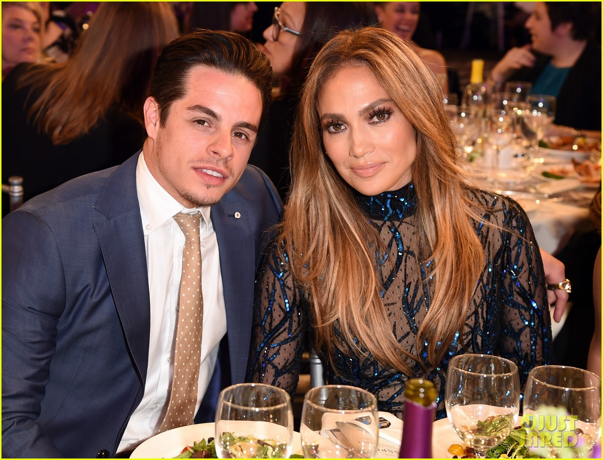 jennifer lopez glaad vanguard award boyfriend casper smart 023090030