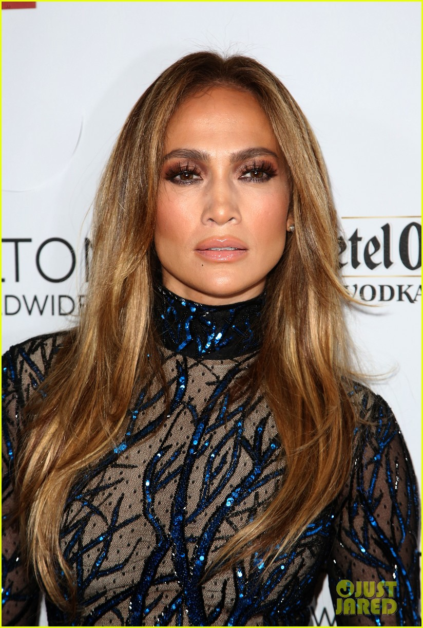 jennifer lopez glaad vanguard award boyfriend casper smart 173090045