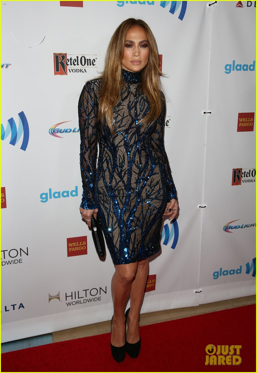 jennifer lopez glaad vanguard award boyfriend casper smart 193090047