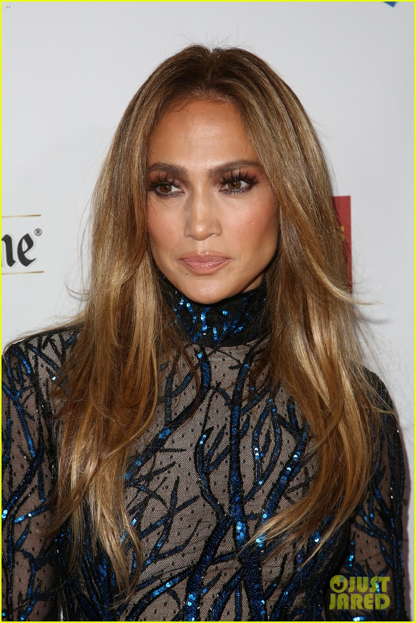 jennifer lopez glaad vanguard award boyfriend casper smart 203090048