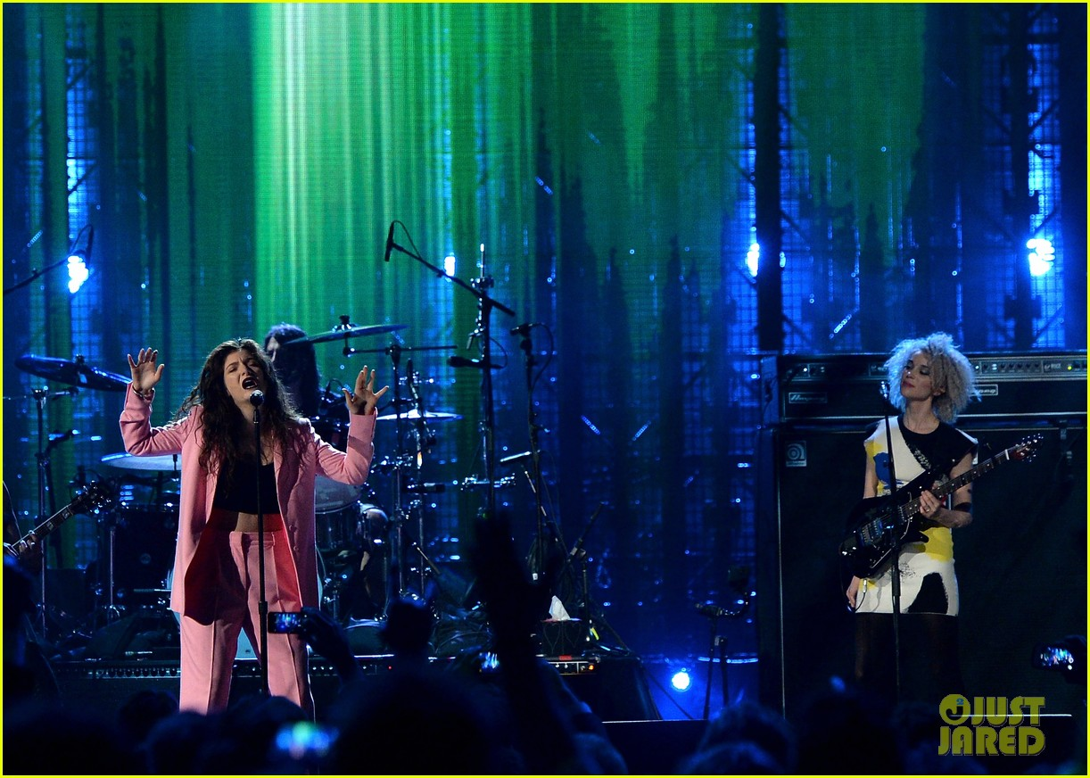 lorde nirvana rock roll hall of fame 04