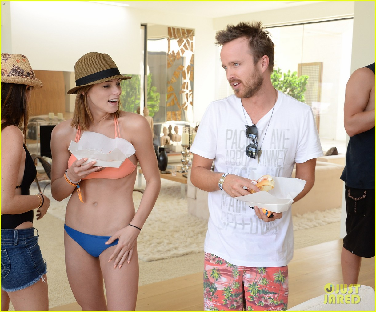 kellan lutz ashley greene show off beach bodies coachella pool party 073090163
