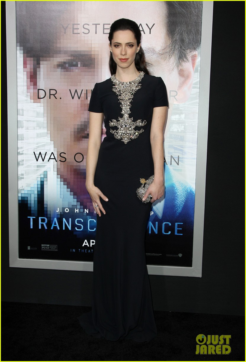 kate mara paul bettany transcendence premiere 03