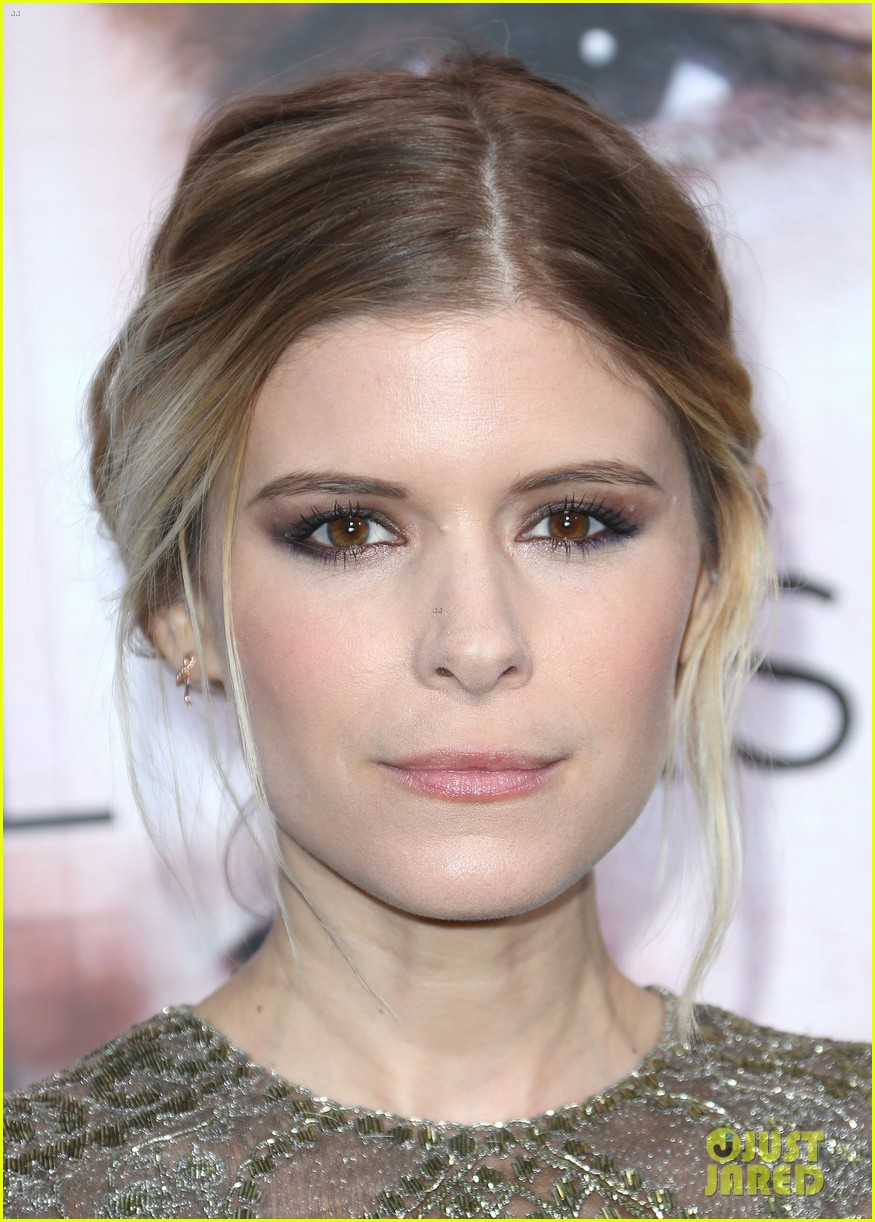 kate mara paul bettany transcendence premiere 043088868