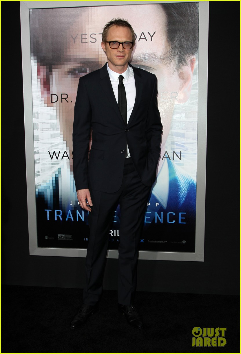 kate mara paul bettany transcendence premiere 05