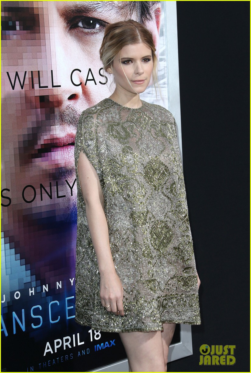 kate mara paul bettany transcendence premiere 093088873