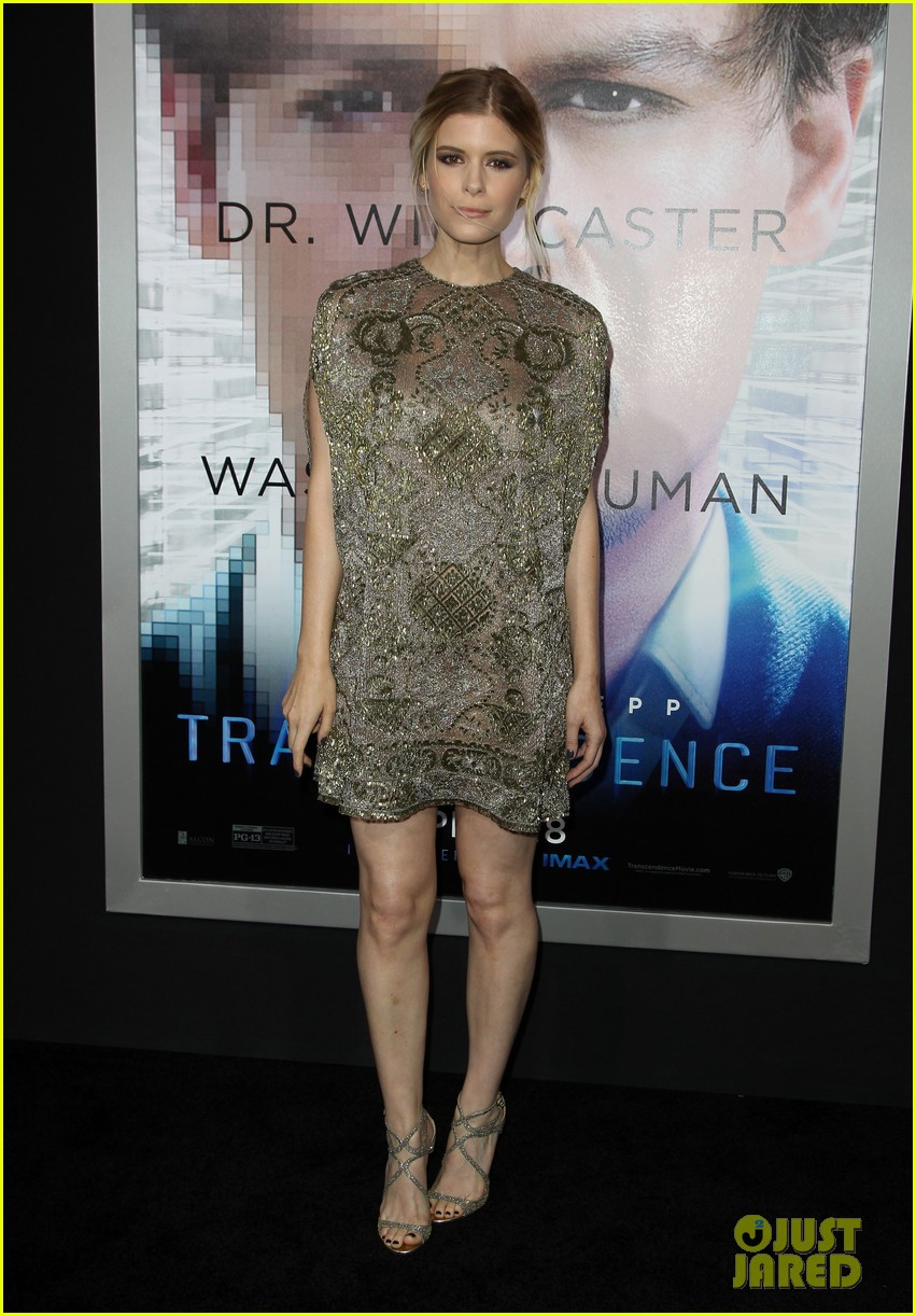 kate mara paul bettany transcendence premiere 163088880
