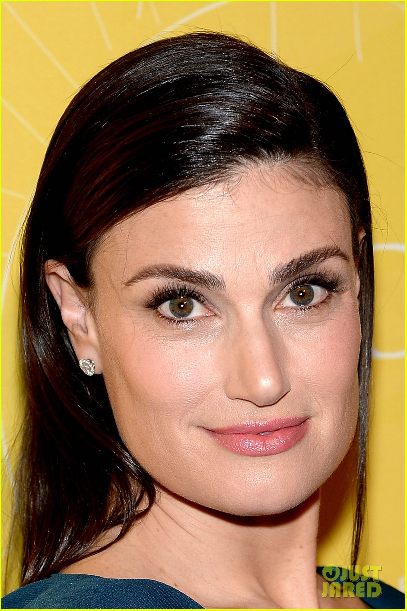 idina menzel sarah jessica parker take the spotlight at variety power of women 083099198