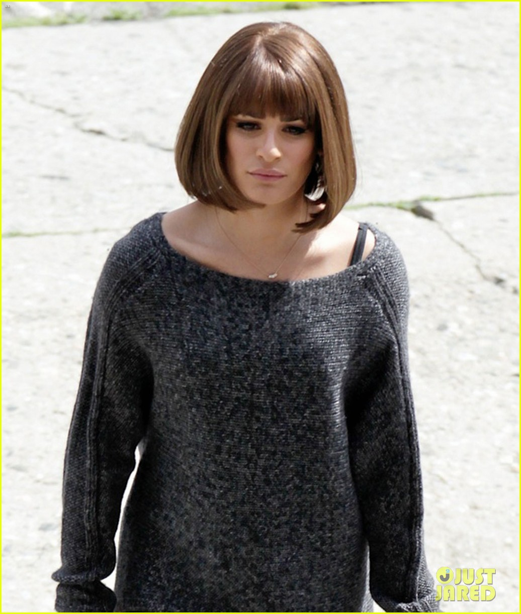 lea michele rocks a short wig 043087881