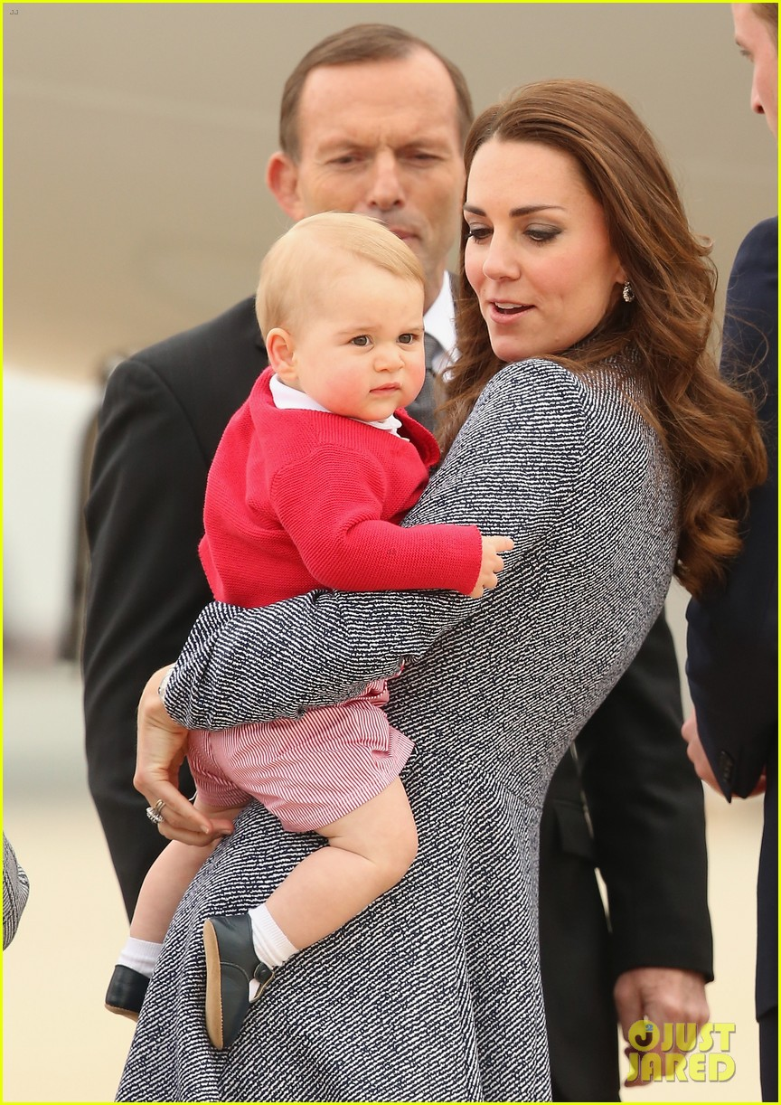 kate middleton prince william prince george say goodbye to australia 023098848