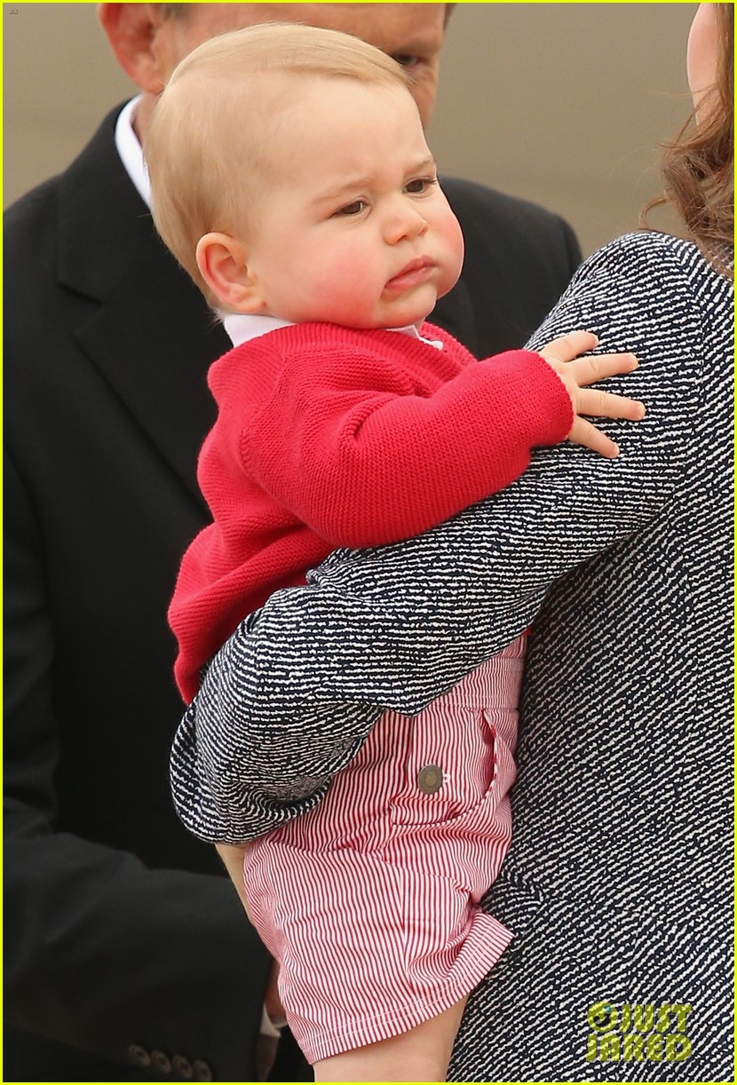 kate middleton prince william prince george say goodbye to australia 29