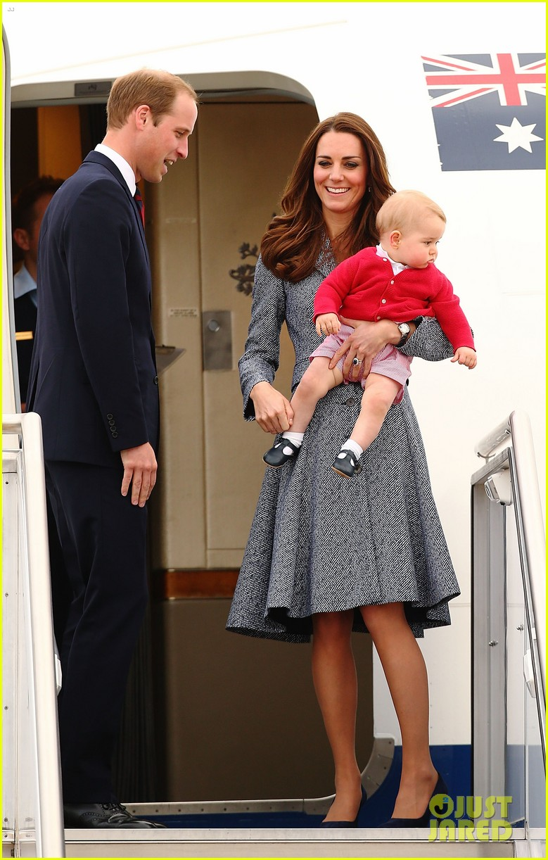 kate middleton prince william prince george say goodbye to australia 353098881