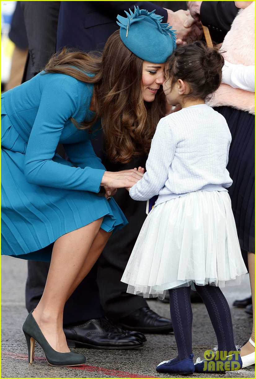 kate middleton matching dress hat best looks 023089930