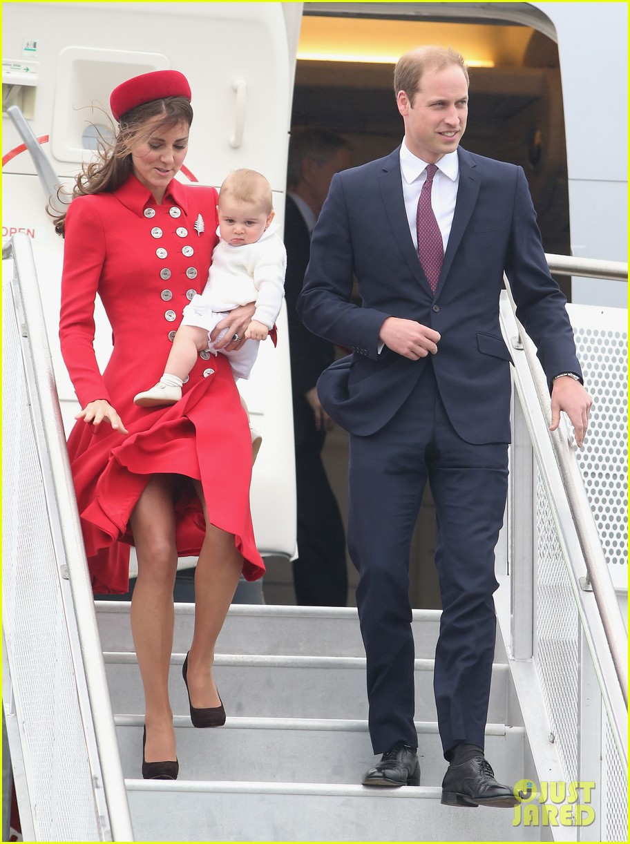 these kate middleton prince george pics are the cutest 04a