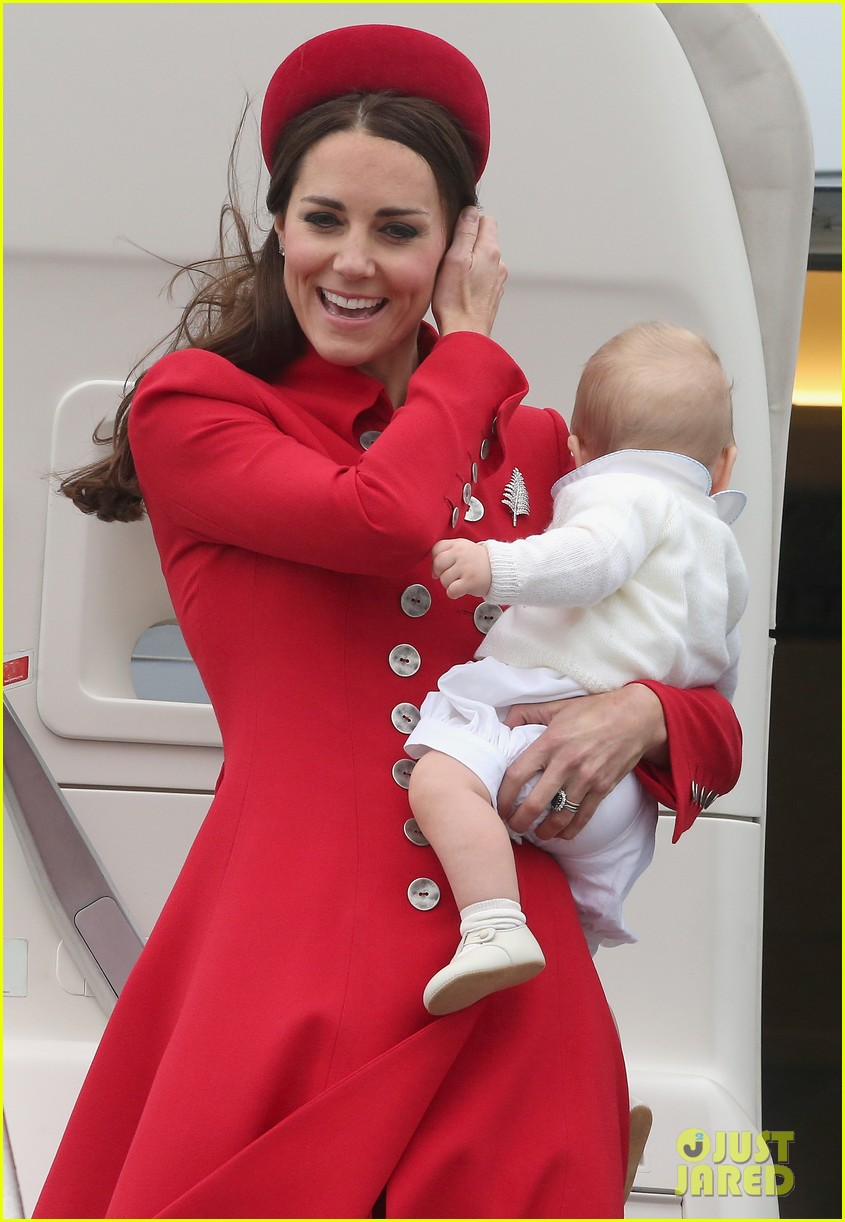 these kate middleton prince george pics are the cutest 053085903